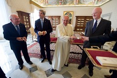 Pope Francis Prepares to Present Ambassador Hackett With a Papal Medallion (U.S. Department of State) Tags: johnkerry vatican vaticancity popefrancis shauncasey kennethhackett