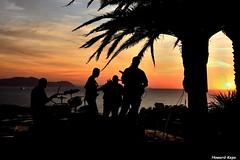 Blues a Contraluz. (Howard P. Kepa) Tags: sol contraluz mar concierto blues cielo musica puestadesol
