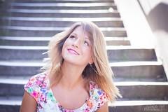 22-08-2015 (silvestroantonella) Tags: color girl canon happy 50mm photo shoot bruxelles fille escalier joie antonella d550 shotting silvestro