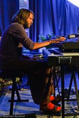 Zomerjazzfietstour 2015 Black Flower - Garnwerd tent (4 van 6) (Maarten Kerkhof) Tags: keyboards blackflower garnwerdtent wouterhaest zjft29 zomerjazzfietstour2015