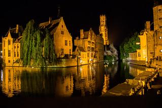 Brugge by Night 2015 V1 - L'heure où seuls les cygnes veillent
