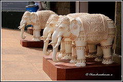 5543 - Vivekananda Memorial , Kanyakumari (chandrasekaran a 34 lakhs views Thanks to all) Tags: sea india saint statue sunrise elephants marble tamilnadu philosopher kanyakumari thiruvalluvar bayofbengal vivekananda tamils vivekanandarock thirukural canoneos760d vivikanandamemorial
