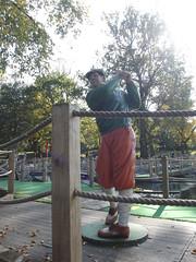 Cannon Hill Park - statue of a golfer (ell brown) Tags: greatbritain autumn trees england sculpture tree leaves statue birmingham unitedkingdom crazygolf westmidlands golfer moseley birminghamuk cannonhillpark edgbaston pershorerd edgbastonrd goldenputterminigolf
