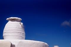 Amorgos - Lagadha - jarre 1 (luco*) Tags: sky greece ciel grce cyclades amorgos jarre kyklades hellada lagadha