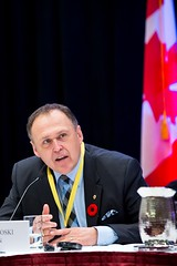 Premier Pasloski speaks during the opening session / Premier ministre Pasloski parle pendant la séance d'ouverture