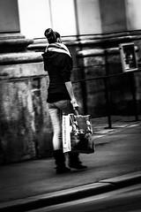 Shopping-girl-vienna-0475 (Ralph Punkenhofer) Tags: vienna wien blackandwhite bw girl shopping young sw scharzweiss wiennovember2015asylfoumwetterschönsonnenschein