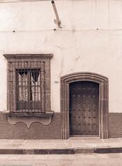 DoorMexicoSanMiguelDeAllende84 (Zzzzt!Zzzzt!) Tags: mexico door doorseries street sanmigueldeallende 1984 window
