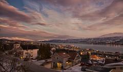 27 (Sergio Eschini) Tags: tromso viaggio travel norvegia normay snow december inverno winter crepuscolo natura landscape cielo sky sunset tramonto citta city mare fiordo fiord