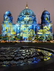 Festival of Lights  - Berliner Dom (4) (Ellenore56) Tags: 13102016 berlin festivaloflights lichtshow berlinerdom illumination illuminate illumine illuminated lichtstrahl ray kunst art kreation creation lichtkunst lightart spektakulr viewy spectacular lichtzauber magicoflight oktober stadt city detail moment augenblick sichtweise perception perspektive perspective reflektion reflection reflextion farbe color colour licht light inspiration imagination faszination magic magical panasonicdmctz61 ellenore56 berlinbeinacht berlinatnight gebude bauwerk building angestrahlt floodlit floodlights stimmung mood atmosphere sentiment abendlicht sunsetlight luce lume lumire textur texture