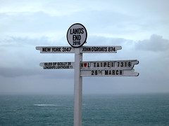(2016) (018) (krlo_Ox) Tags: landsend uk cornwall celticsea sea signpost krloox