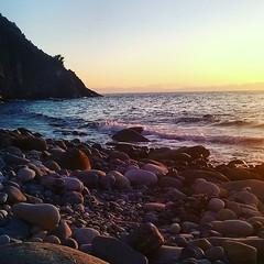 http://ift.tt/1NHxzN3 Buona serata da #patresi, splendida spiaggia di #marciana nello scatto di @martinaalice93. Continuate a taggare le vostre foto con #isoladelbaapp il tag delle vostre vacanze all'#isoladelba. (isoladelbaapp) Tags: isoladelba elba visitelba portoferraio porto azzurro capoliveri marciana marina di campo rio