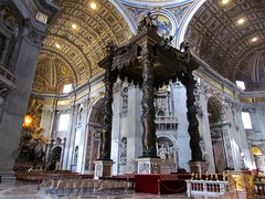 Onde o Papa da missa (franciele garcia) Tags: colisseum coliseu europe vatican basilicia rome italy
