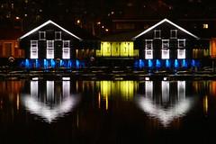 Gult hus emellan sjbodar (aggeji) Tags: fs161030 emellan fotosondag night water architecture boathouse yellow reflection between blue refections spegling