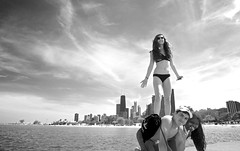 DSC07930 (Saundi Wilson Photography) Tags: chicago northavenuebeach lakeshoredrive lakemichigan illinois kids peoplepyramid girl bikini