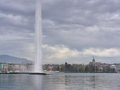 Geneva, the shoreline in Autumn 2016 (Karl Le Gros) Tags: geneva genve switzerland jetdeau cathdralesaintpierre xaviervonerlach kurtvonbalmoos 2016 radedegenve cantondegenve sonyilce7rm2 sonyzeissfe55mmf18za