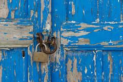 DSC07411_s (AndiP66) Tags: sigma24105f4 thira egeo griechenland gr blue white blau weiss door tre santorini santorin thera greece cyclades kykladen caldera aussicht view september 2016 hellas ellada sony sonyalpha 7markii 7ii 7m2 a7ii alpha ilce7m2 sigma24105mmf4dghsmart sigma 24105mm amount laea3 andreaspeters