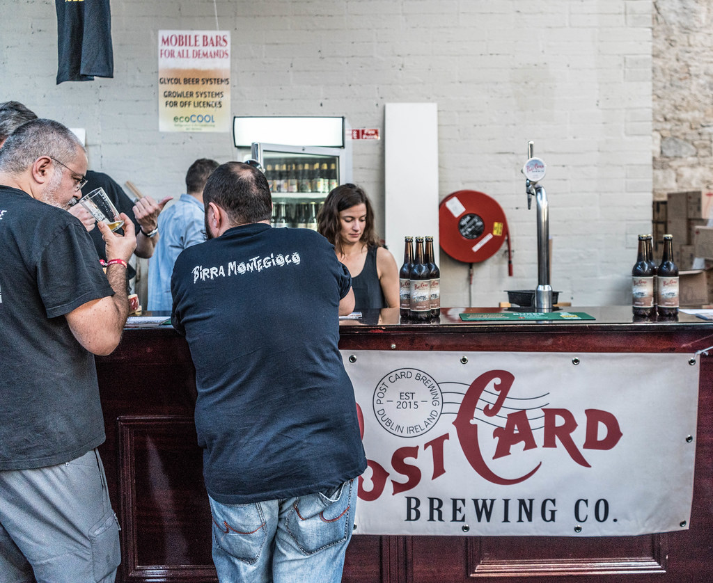 IRISH CRAFT BEER FESTIVAL IN THE RDS LAST WEEKEND IN AUGUST 2015 [POST CARD BREWING CO.] REF-107291