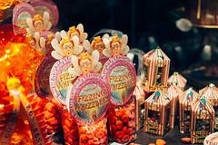 Honeydukes' Sweets (Nicolas Kuentz) Tags: set beans harry potter exhibition exposition sweets behind bertie scenes bonbons flavour sweetshop bott surprises hogsmeade drages fizzing honeydukes crochue fizwizbiz whizzbees praulard
