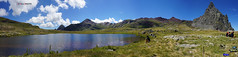 Ibn de Anayet y la cima de Anayet (Jabi Artaraz) Tags: lago zb pyrenees pirineos anayet euskoflickr superaplus aplusphoto lagonatural jartaraz ibndeanayet panormuca