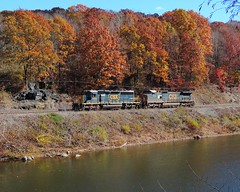 CSX 4068 and 7715 (Trains & Trails) Tags: railroad november autumn fall train diesel pennsylvania scenic engine foliage transportation locomotive ge generalelectric helper csx fayettecounty youghioghenyriver emd c408w 4068 7715 darkfuture sd403 yn3 widecab standardcab southconnellsville b25204