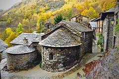 Aineto 2 (Xevi V) Tags: catalonia catalunya pallarssobir tavascan aineto valldecards lladorre parcnaturaldelaltpirineu pirnia isiplou riulanogueradelladorre