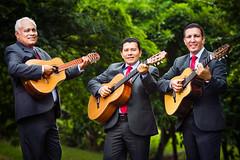 Trio Voces para Cristo (hilcias78) Tags: trio voces para cristo musica música music musicos musicians guitarra cuerdas instrumentos hilcíassalazar momentosfotografia strobist setup canon photoshop flash softbox