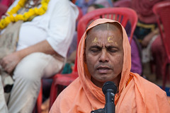 IMG_5441 (iskconmonk) Tags: festival prabhupada swami kartik prabhu brahmananda vrindavan iskcon swamiji sanyasi goshala iskconvrindavan
