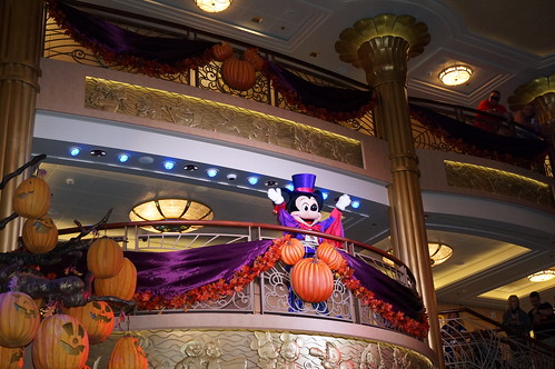 "Mickey Mouse at Mickey's Mouse-querade Party • <a style=""font-size:0.8em;"" href=""http://www.flickr.com/photos/28558260@N04/23032815516/"" target=""_blank"">View on Flickr</a>"