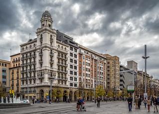 13:30. Plaza de España