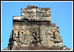Angkor Thom -gopuram (calamur) Tags: architecture cambodia buddhist religion temples siemreap buddhisttemple angkorthom harinicalamur nikond7000