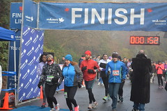 DSC_0936 (daveburroughs125) Tags: vancouver running racing 10k stanleypark inspiring halfmarathon 5k inittowinit worldsbestpark