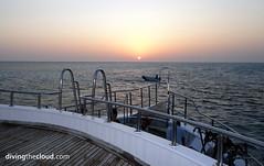 Sunset in Red Sea - Atardecer en el Mar Rojo (divingthecloud) Tags: sunset sea atardecer boat mar barco redsea cielo liveaboard marrojo vidaabordo