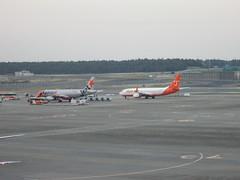 IMG_1814 (johnkoji) Tags: japan airplane tokyo airport narita gk a320 nrt b737 7c
