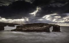 Galicia   Espaa (Joseba Grajales) Tags: galicia espaa playalascatedrales agua water mar sea rocas rocks largaexposicin longexposure landscape paisaje nubes clouds nikon nikond750