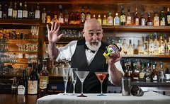 'Marvelous' Marco Mosconi, master mixologist, made a mighty mean Marmitini (dnskct) Tags: wah werehere hereios tipsytuesday bartender mixology mixologist martini cocktails september272016