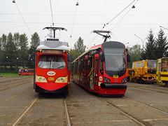 SGP E1, #943 & Moderus Beta MF16AC BD, #860, Tramwaje lskie (transport131) Tags: tram tramwaj t bdzin kzk gop moderus beta mf16ac bd sgp e1