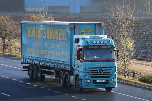 MOSS ROAD M9 Y2 RST MERCEDES ACTROS ROBERT SUMMERS