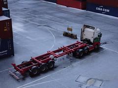 White dusting (stevenbrandist) Tags: portofliverpool container containerterminal eddiestobart trailer hail winter