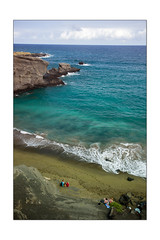Green sand beach (Laurent Bouillaut) Tags: hawaii beach green sand greensand water sea blue plage verte sable sablevert