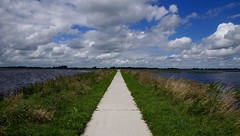 `t Roege wold (frits huisman) Tags: overschild wolken