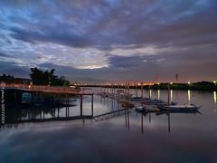(szintzhen) Tags:             sunglow cloud sky water boat taipeicity taiwan
