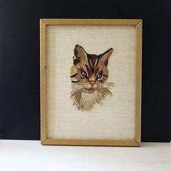 Meow. (Kultur*) Tags: vintage vintagehousewares vintagedecor crewel embroidery embroidered wallhanging homedecor thread picture handmadeneedlepoint catportrait cat catart