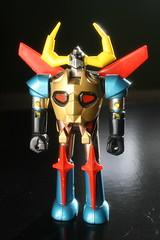 Shogun Warriors Die-Cast Metal Gaiking (Popy/Mattel 1970's) (Donald Deveau) Tags: diecast metal actionfigure gaiking mattel popy sciencefiction anime japanesetoy japanesecharacter robot shogunwarriors toys vintagetoy