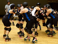SantaCrux_vs_Houston_L3503250 1 (nocklebeast) Tags: usa cleveland rollerderby rollergirls oh skates houstonrollerderby wftda clevelandpublicauditorium santacruzderbygirls santacruzboardwalkbombshells d2tournament wftdaplayoffs