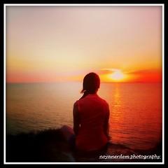 goodbye sun... (noyan7) Tags: sunset sea cloud sun turkey island trkiye turkiye turquie trkei wife deniz turquia bozcaada gnbatm turchia gne nesli neslihan noyan anakkale noyan7 noyan7photography