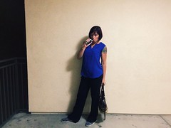 Day 282 (boxbabe86) Tags: jen noho september timer thursday iphone northhollywood day282 2015 royalblue 365days 10secondtimer vape iphonography