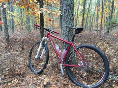 The first pines ride of the season. The trails are good, the roads, not so much. #weavercycleworks #custombicycles #ridethepines
