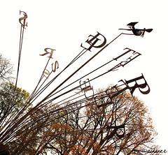 Girouettes  gogo ! (Milucide en mode pause pour une semaine !) Tags: sculpture belgique oiseau lettres wallonie girouette chteaudewaroux ansprovincedelige