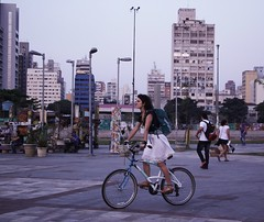 Bicicletando (Ana C Reis) Tags: bike sp farialima biclicleta largodabatata semanadamobilidade