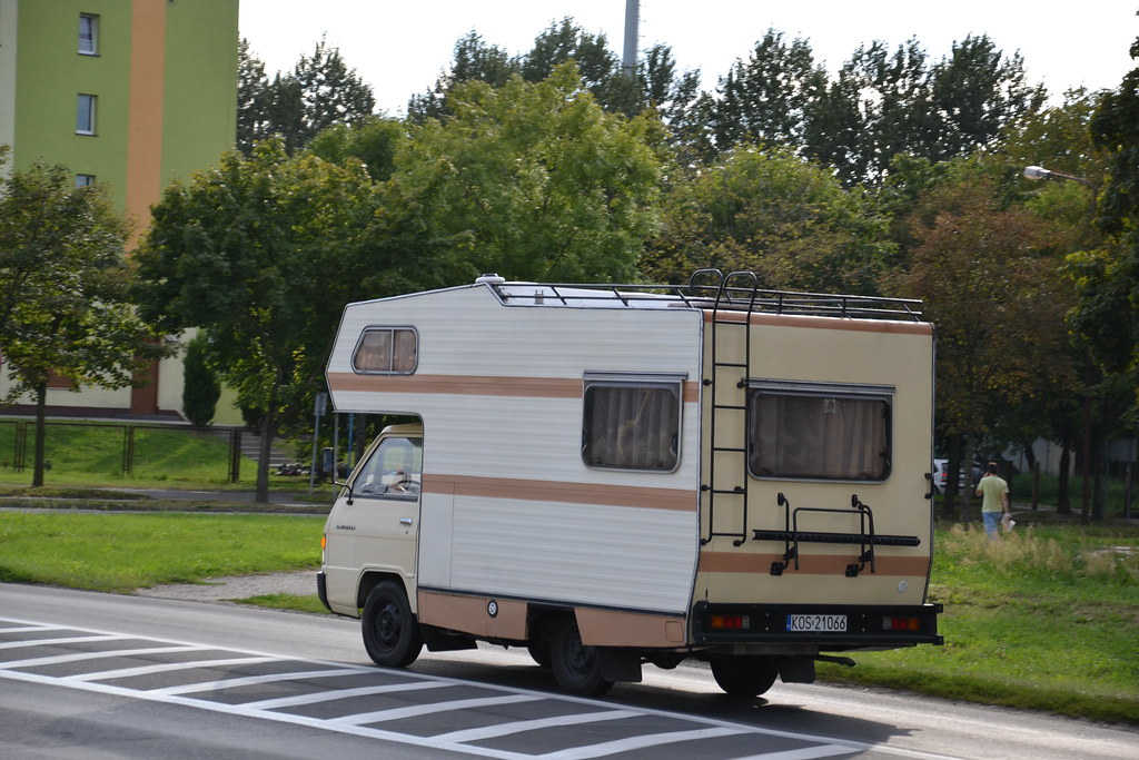 The World's Best Photos Of Camper And L300